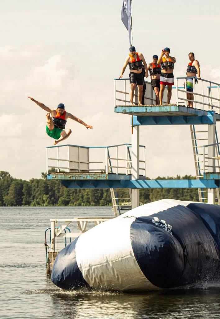 Blob-Spaß im Seebad Friedrichshagen | Foto Elvis Jung